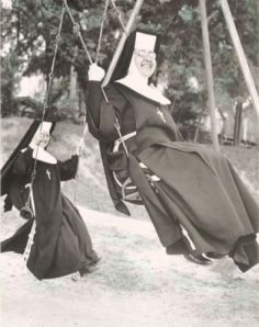 SwingingNuns
